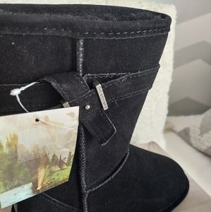 🔥NEW🔥BEARPAW furry lined size 7